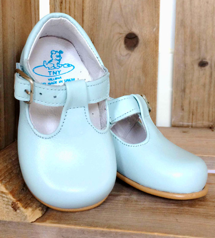 Spanish and Italian Girls and Boys Children's Shoes for Sale