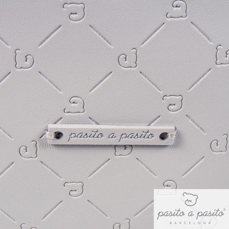 PASITO A PASITO GREY VANITY CASE